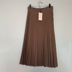 NWT ZARA pleated skirt